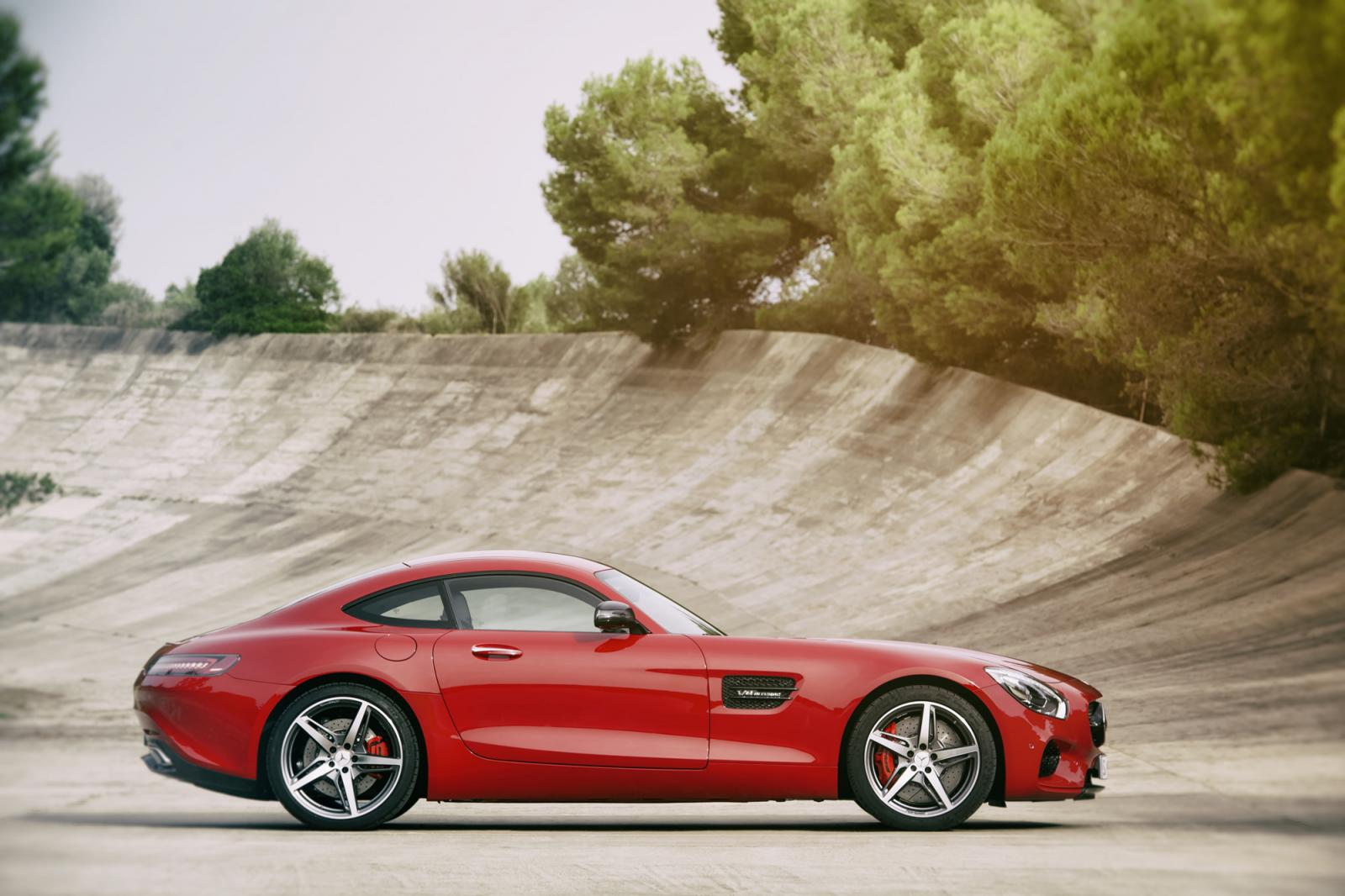 Mercedes-GT AMG
