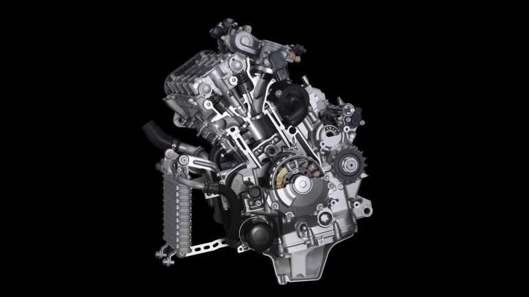 Yamaha R1 R1M 2015