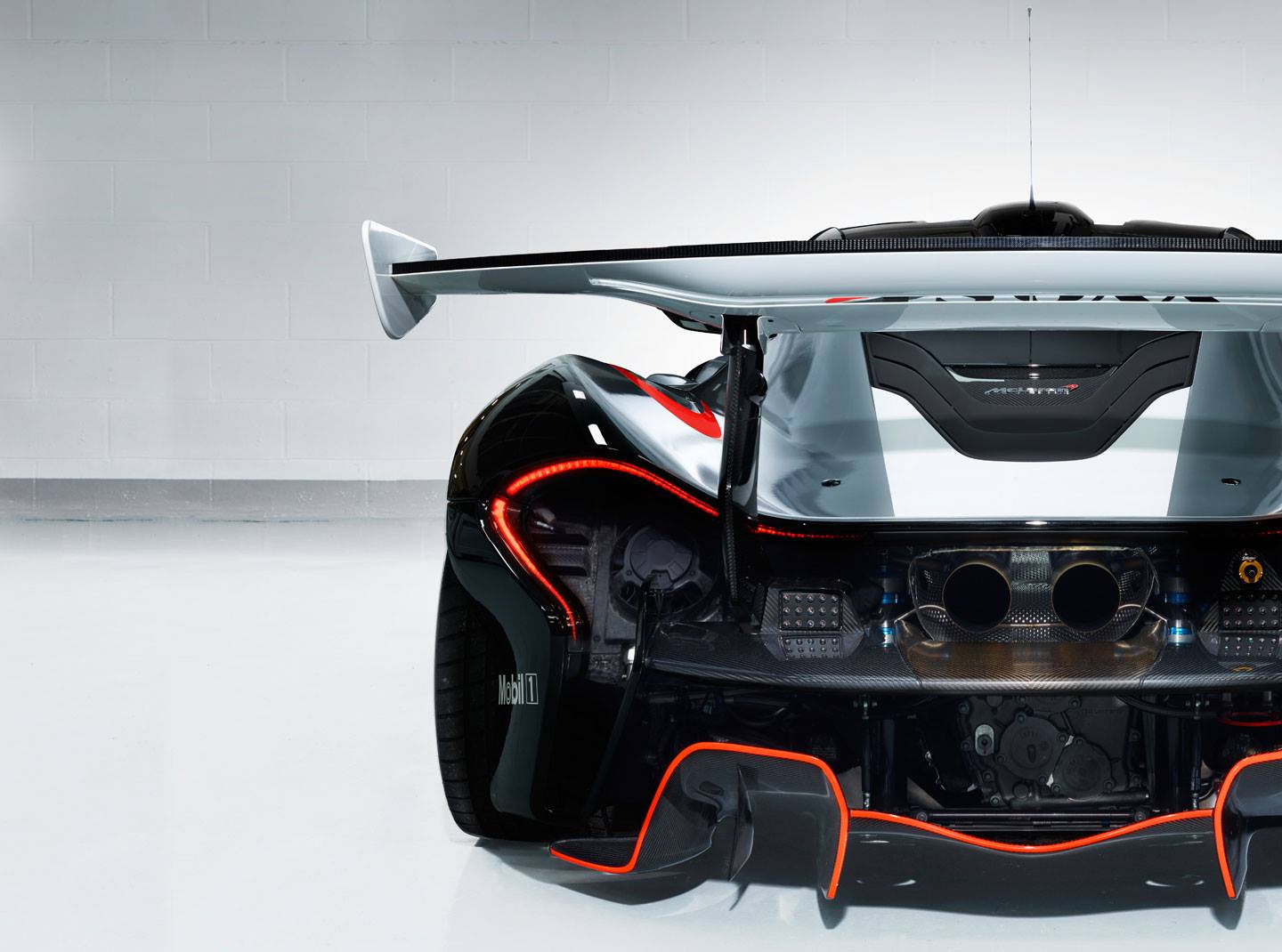 McLaren P1 GTR Workshop