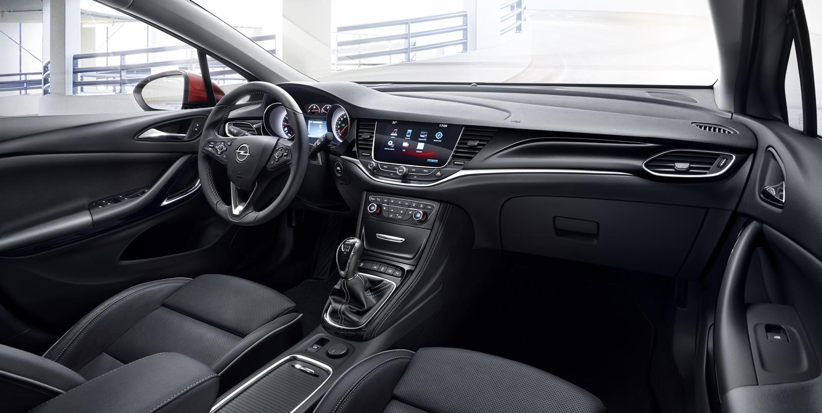 Opel Astra 2016 (6)