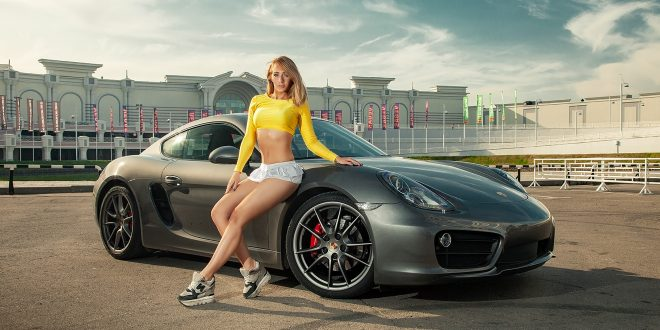 Porsche Cayman S [Girls & Cars]